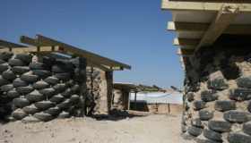 Aiuti umanitari italiani a rischio poiché Israele minaccia di demolire un intero villaggio palestinese