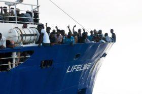 I contrasti sul tema migrazione non devono essere risolti mettendo a rischio le vite delle persone